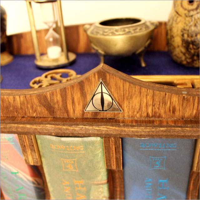 Harry Potter Portable Bookcase Pic 6