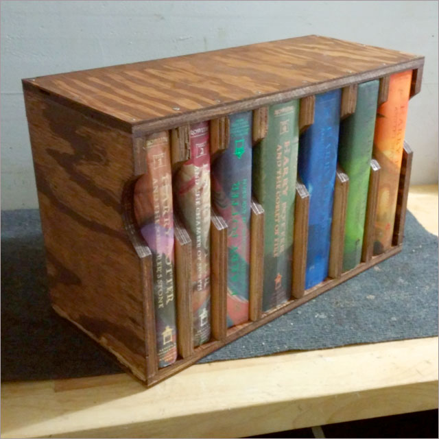 Harry Potter Portable Bookcase Pic 9