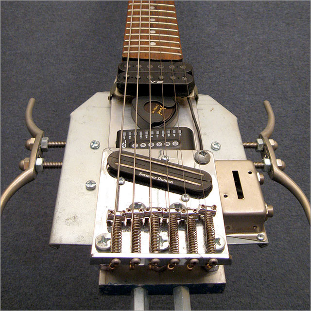 Travel Guitar Pic 4