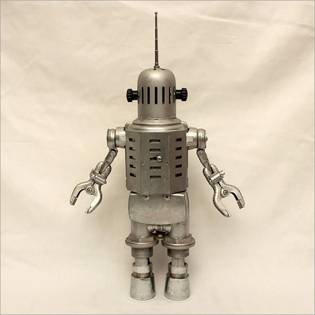 Small Round Robot Pic 1